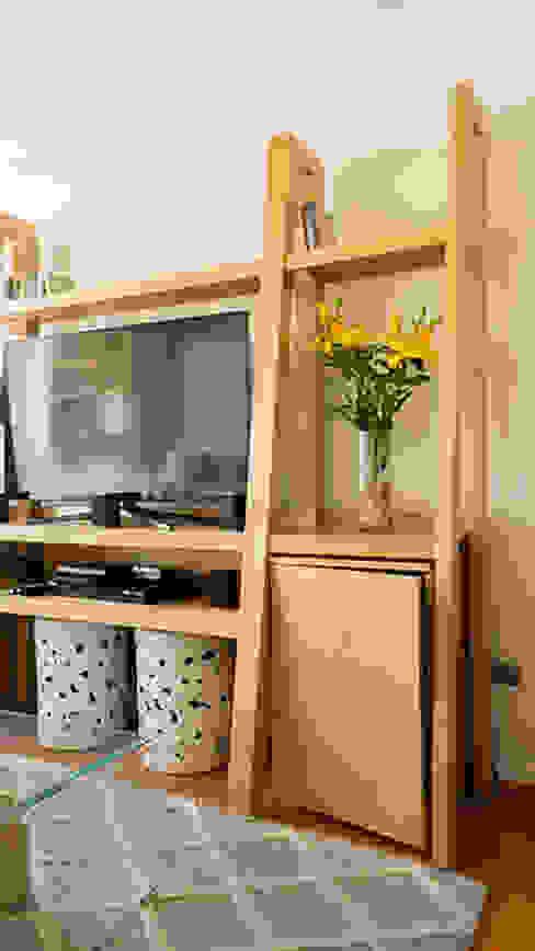 Mueble fabricado a medida de Klover Moderno
