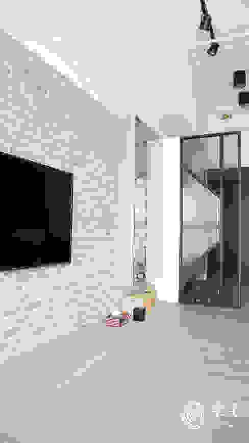 . 樂宅設計|系統傢俱 Eclectic style living room