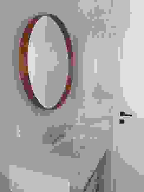 Baños de estilo  por Barragan Carpinteria