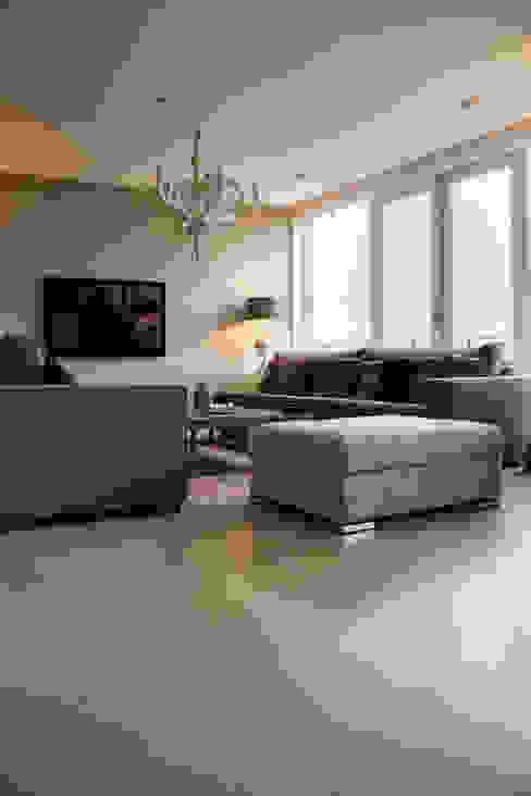 Zandkleurige PU-Mix Gietvloer in Moderne Woning Motion Gietvloeren Vloeren