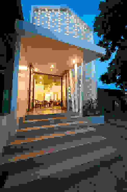 Ngôi Nhà Biến Đổi Bất Ngờ Sau Khi Được Cải Tạo Chỉ Với 350 Triệu bởi Công ty TNHH Xây Dựng TM – DV Song Phát Hiện đại