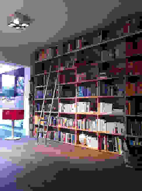 Artefactum en Holanda ARTEFACTUM Estudios y despachos de estilo minimalista