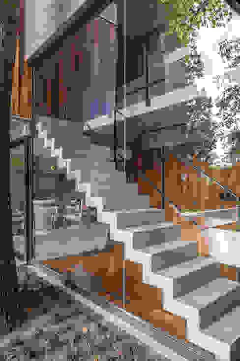 Casa Aranzazu Besonías Almeida arquitectos Escaleras Hormigón