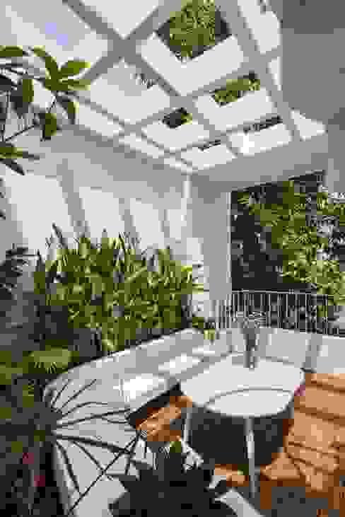 Sân thượng và khu vườn xanh mát Công ty TNHH Xây Dựng TM – DV Song Phát Hiên, sân thượng phong cách hiện đại