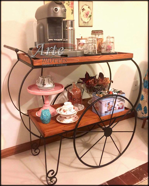 ห้องครัว โดย Arte Móveis Rústicos,