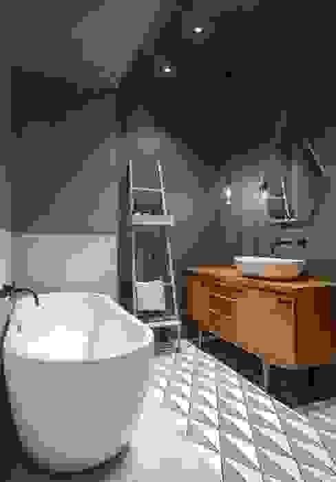 Интерьер KG Ванная комната в стиле минимализм от INT2architecture Минимализм