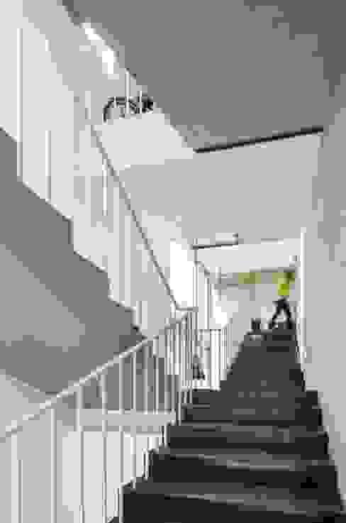 von L'eau Design Modern