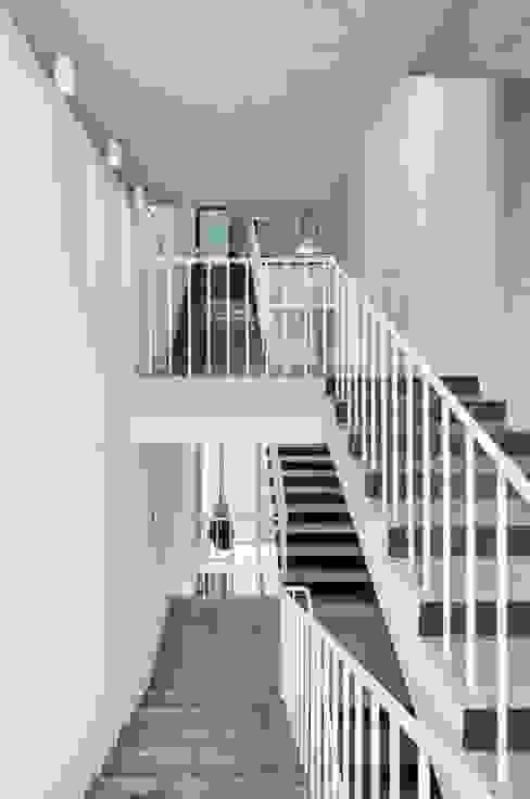 by L'eau Design Modern