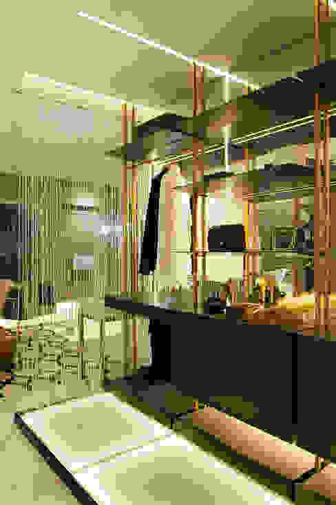 Modern Dressing Room by Daniela Andrade Arquitetura Modern