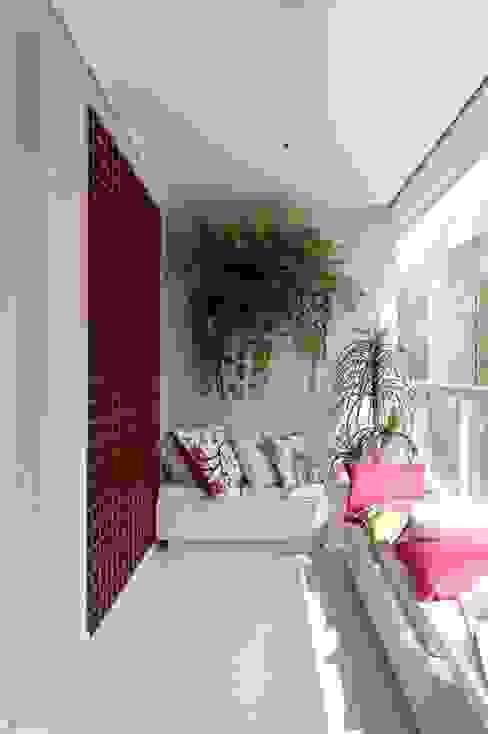 Terrazas de estilo  por Công ty TNHH TK XD Song Phát