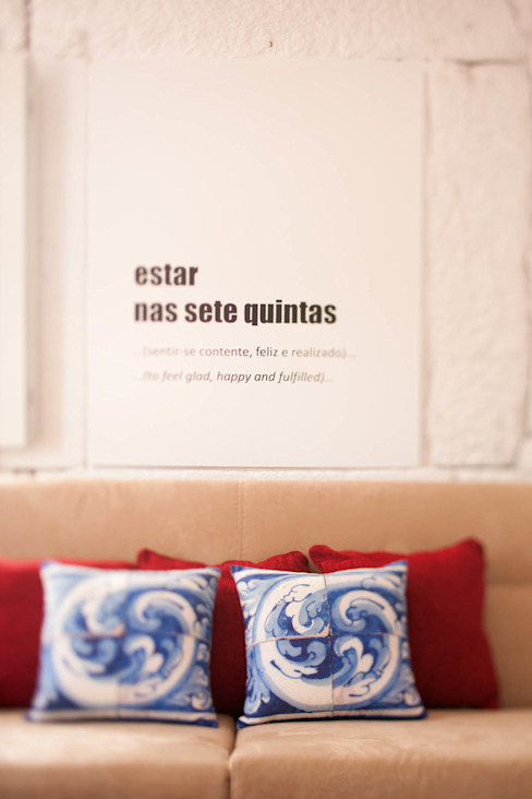 Apartamentos Rua de Trás - Alojamento turístico (7 apartamentos) - Centro do Porto Salas de estar escandinavas por ShiStudio Interior Design Escandinavo