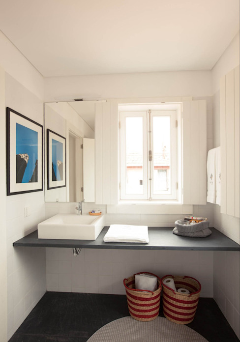 Apartamentos Rua de Trás - Alojamento turístico (7 apartamentos) - Centro do Porto ShiStudio Interior Design Casas de banho escandinavas