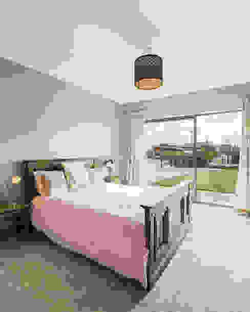 Bedroom 根據 Maciek Platek - Interior and Architecture Photographer 古典風