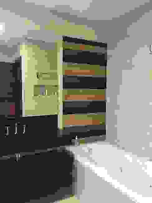 Modern Bathroom by BVS+GN ARQUITECTURA Modern