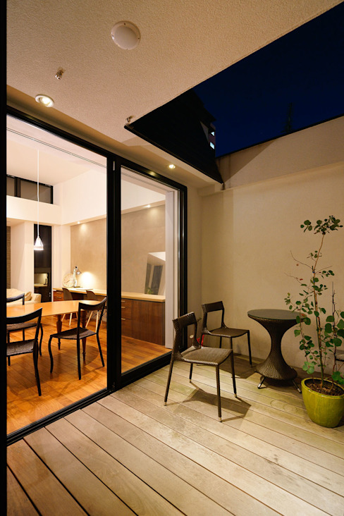 Modern Terrace by H建築スタジオ Modern