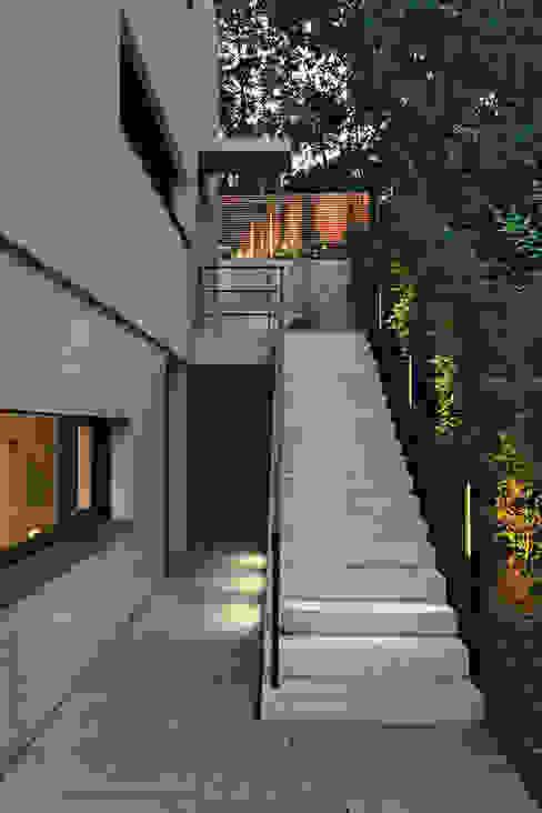 Einfamilienhaus Stuttgart blocher partners Haustür