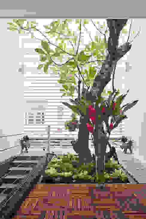 Projekty,  Salon zaprojektowane przez Công ty TNHH Xây Dựng TM – DV Song Phát, Nowoczesny