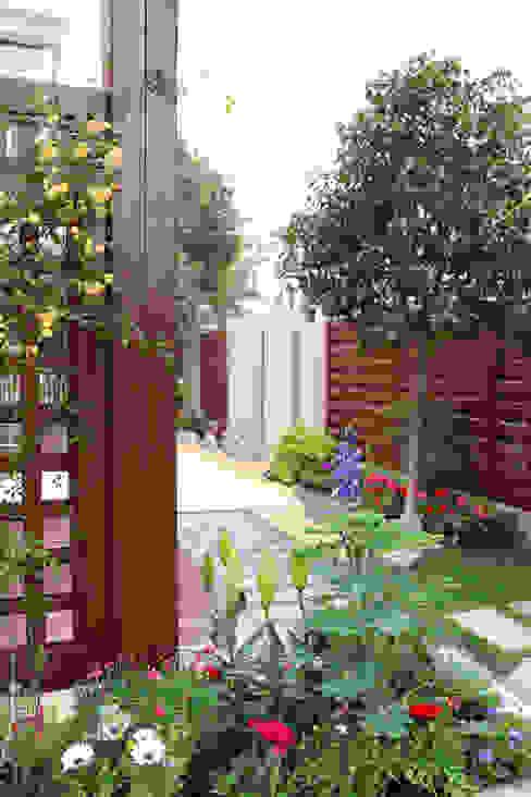 สวนหน้าบ้าน โดย  M  Garden, เอเชียน