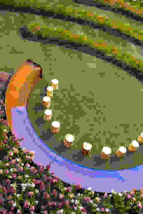 Il Giardino dei Sensi Giardino moderno di LUCIA PANZETTA - PAESAGGISTA Moderno