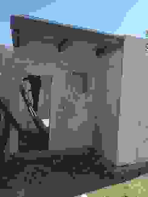 SISTEMAS MODULARES DE CONSTRUCCION de homify Mediterráneo Concreto