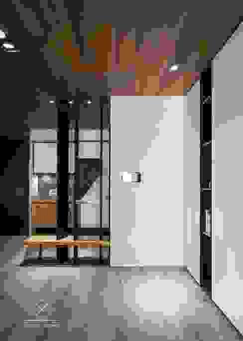모던스타일 복도, 현관 & 계단 by 極簡室內設計 Simple Design Studio 모던