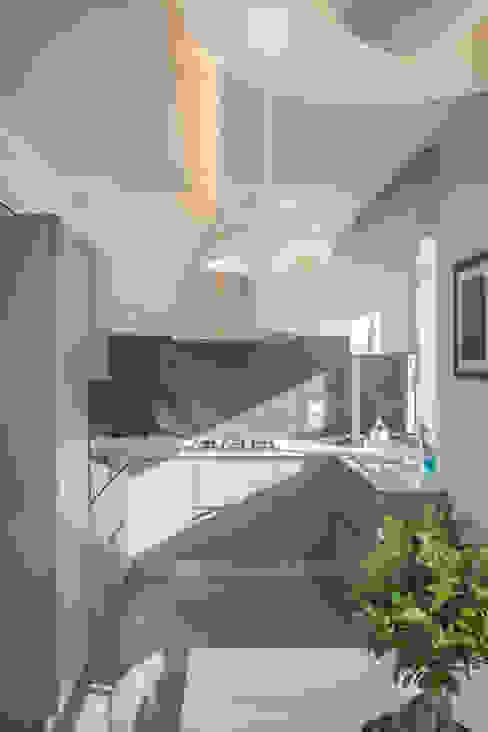 Cucina Cucina moderna di manuarino architettura design comunicazione Moderno Legno Effetto legno