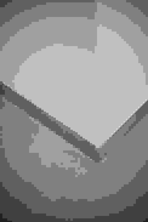 Battiscopa manuarino architettura design comunicazione Pavimento Piastrelle Grigio