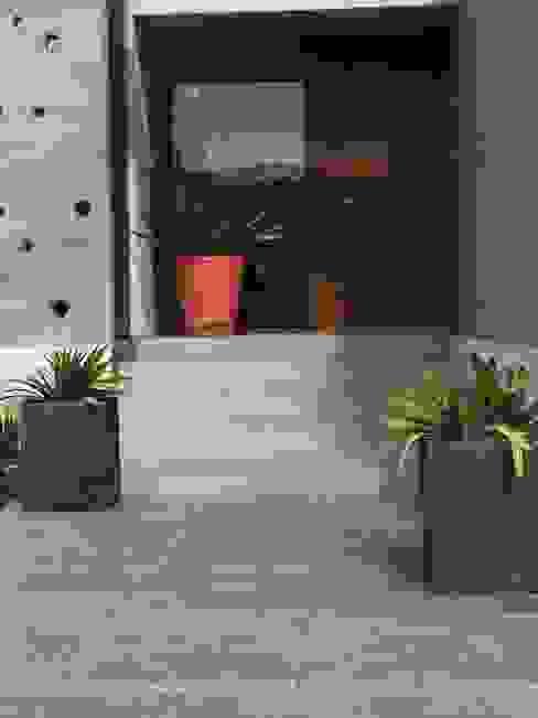 Proyecto de Paisajismo Familia Bravo Oyarzo Aliwen Paisajismo Jardines de estilo moderno