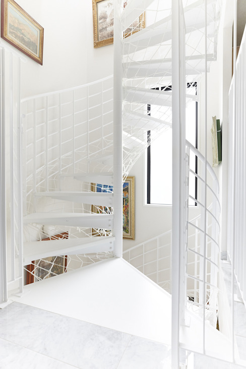 Escaleras de estilo  de LobeSquare,