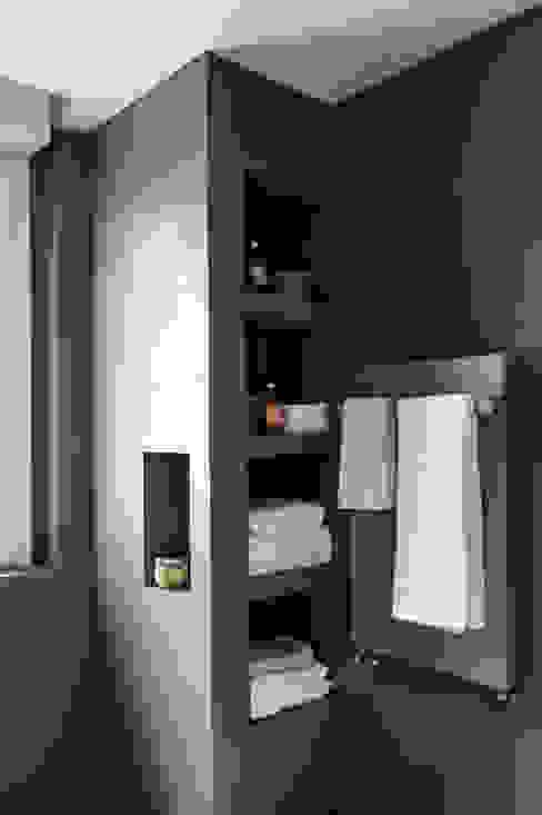 Bagno ospiti Euga Design Studio Bagno minimalista