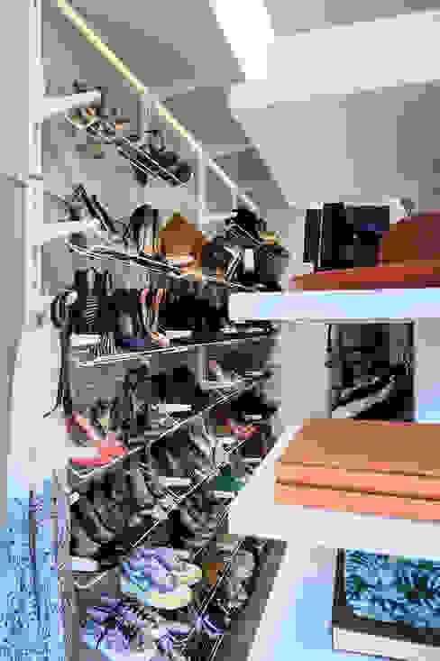 Ausgefallene Schlafzimmer von Euga Design Studio Ausgefallen