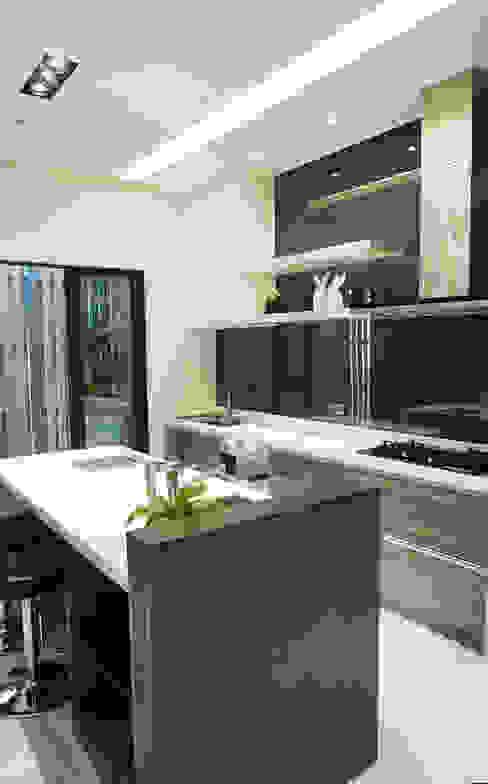 住宅設計 / 魏公館 根據 沐築空間設計 隨意取材風