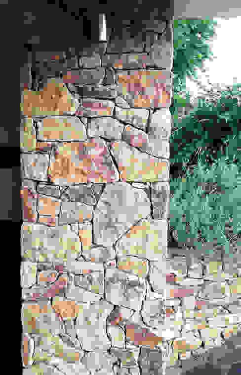 steinsäule - Brown Velvet Tschechische Steinmetze Klassische Häuser