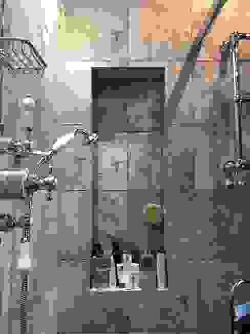 Belsize Park Flat Orkun Indere Interiors Eclectische badkamers Tegels Grijs