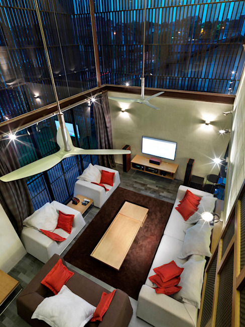 Living Room by MJ Kanny Architect Modern