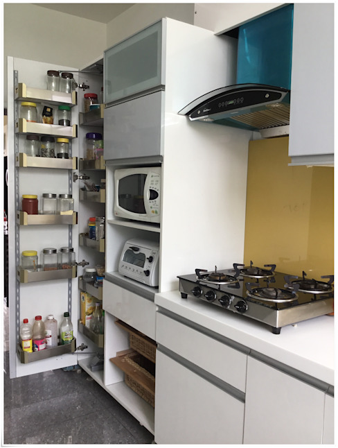 Tall Unit System in the Kitchen U and I Designs Modern kitchen