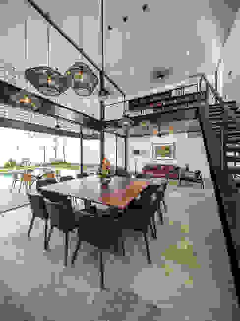 Ruang Makan oleh P11 ARQUITECTOS, Modern