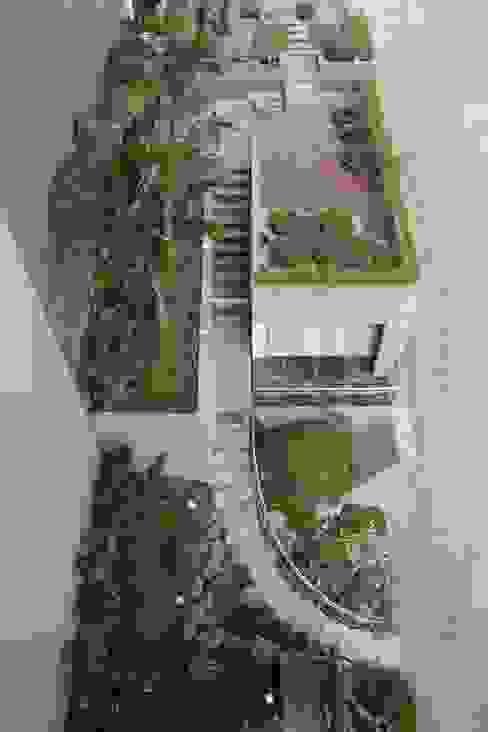 Rumah Tinggal Mewah di Semarang Taman Minimalis Oleh Paulus Adi Budianto Minimalis