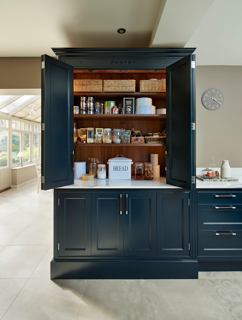 Audley | Georgian Country House Davonport Built-in kitchens Black