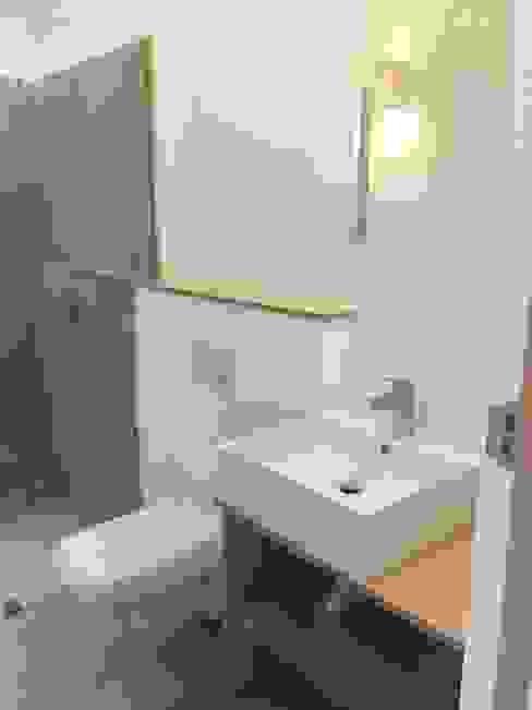 Custom built home - stunning must see.:  Bathroom by Greenpods, Scandinavian