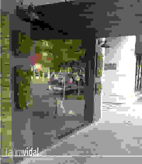 Laura Vidal Estudio de Paisajismo - Interiorismo Front yard Green