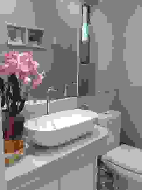 Banheiro da filha Banheiros modernos por Joana Rezende Arquitetura e Arte Moderno