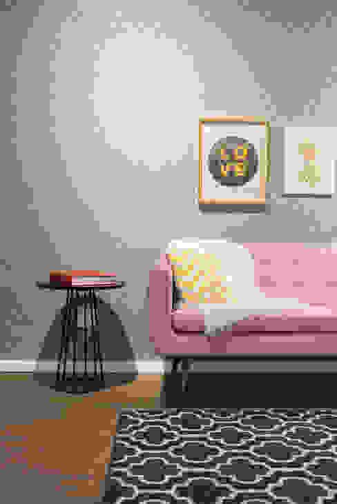 Studio Ideação Ruang Komersial Modern Kayu Pink