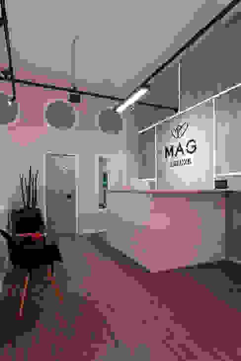 Studio Ideação Ruang Komersial Modern MDF Grey
