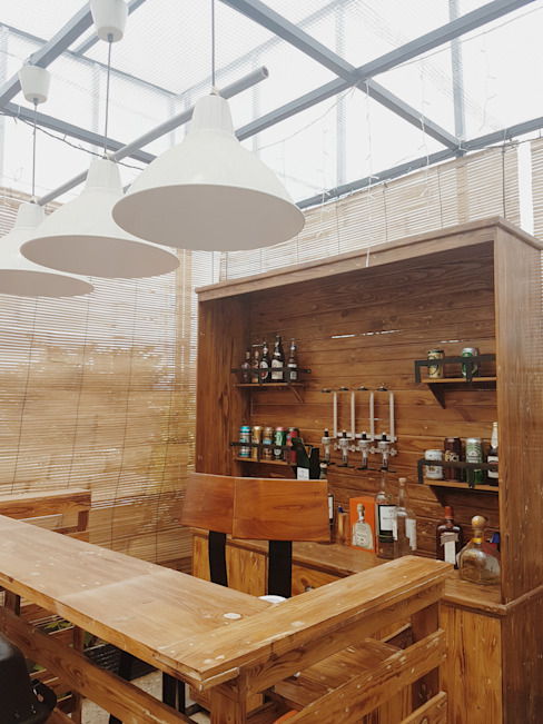 Rooftop Bar Dapur Modern Oleh homify Modern