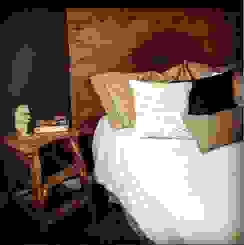 Lado Masculino: Dormitorios de estilo  por OOST / Sabrina Gillio