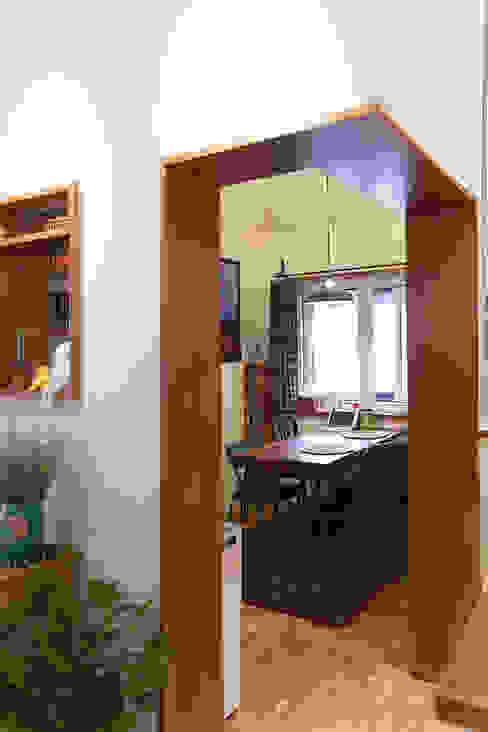 18평 빌라, 탑층 활용기 러스틱스타일 다이닝 룸 by 미우가 디자인 스튜디오 러스틱 (Rustic)