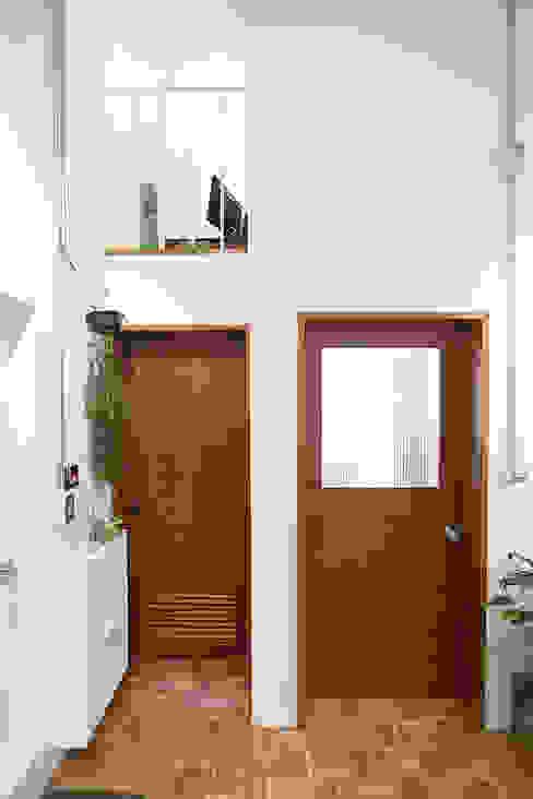 18평 빌라, 탑층 활용기 by 미우가 디자인 스튜디오 러스틱 (Rustic)
