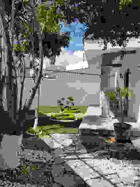 JARDIN Elementos Jardines modernos Concreto Blanco