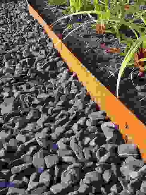 Rasenkante / Beeteinfassung Multi-Edge in schwarz Amagard.com - Gartenmaterialien Ausgefallener Garten